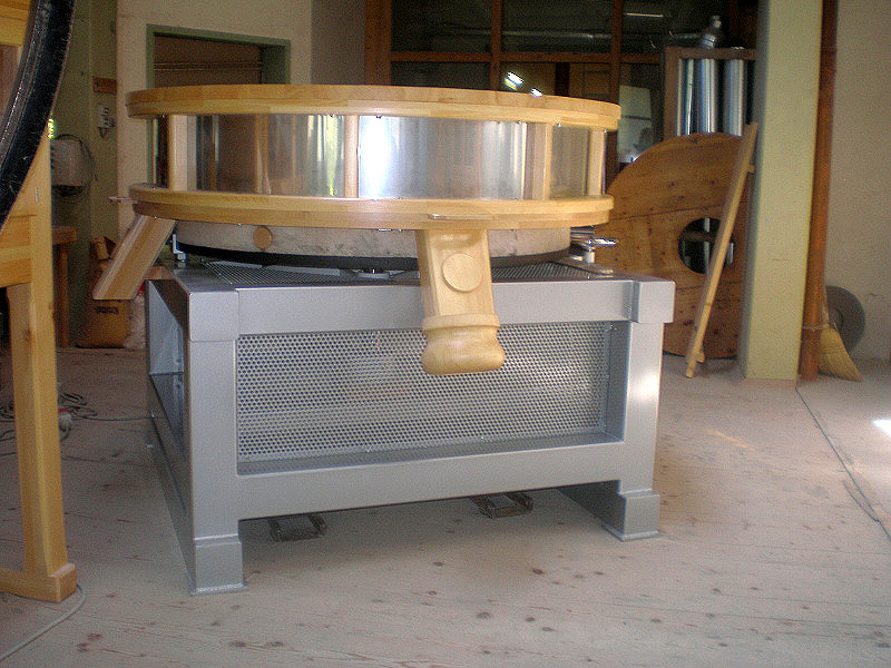 Grain mill 1600 - base in steel